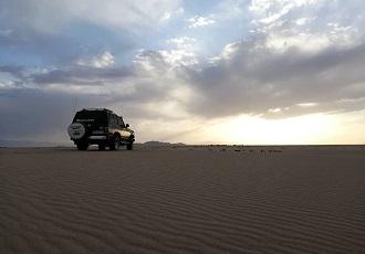 best Iran deserts