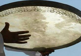 Jouer instrument de Daf en Iran