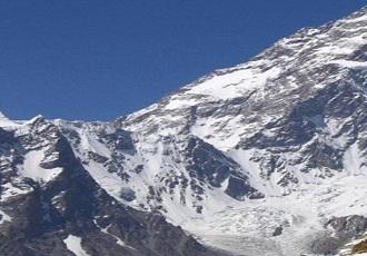 Ascenso a la cresta occidental del monte Dena