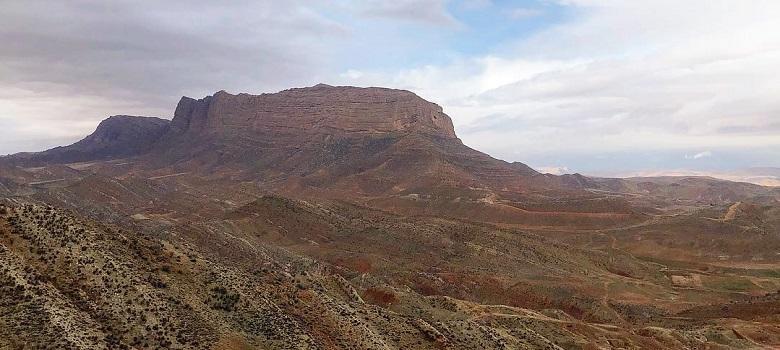 Iran hiking and camping tours