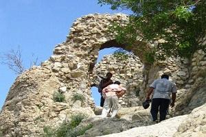 Visit Ghal'e Sefid castle of Noor Abad, Visit Noor Abad
