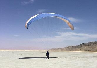 Iran Paraglider Tour
