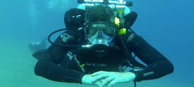 Diving in Iran