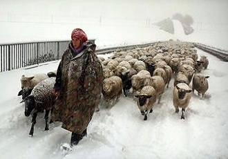 Sassanid monuments, Nomads in Farrashband region, Firuzabad, nomad life in winter