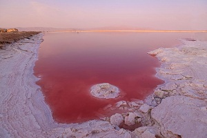 Parishan Lake, Arjan Lake, Pink lake, Salt lake, Iran lake tours