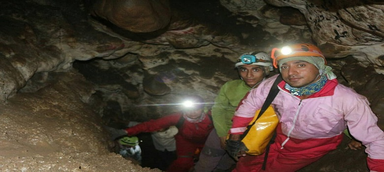 One-Day cave tour in Iran