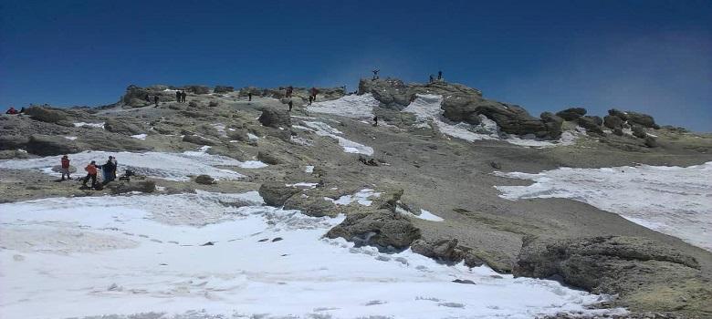 Besuch den Iran-die  nordöstliche Flanke des  Damavand berg